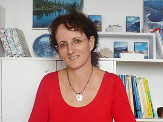 Szilvia Helényi - Hungarian teacher